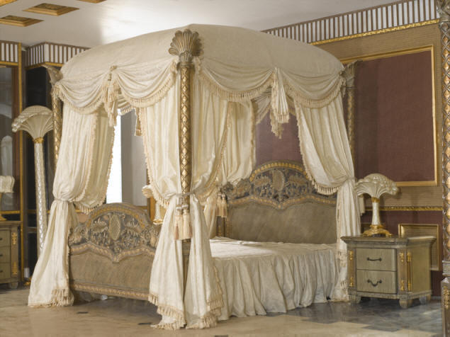 Lovable Luxury Canopy Bedroom Sets Luxury Bedding King Size Style