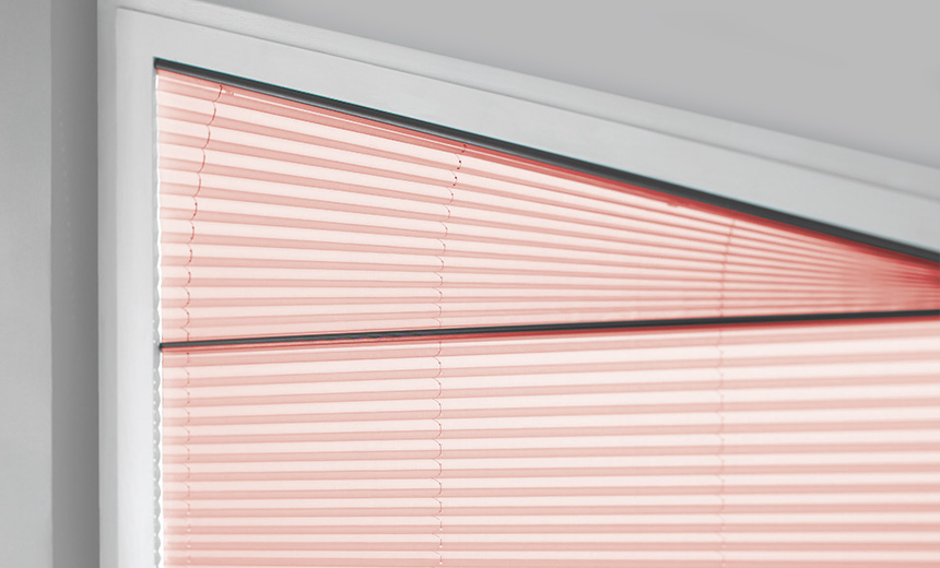 Pleated blinds for customised shapes and triangular windows