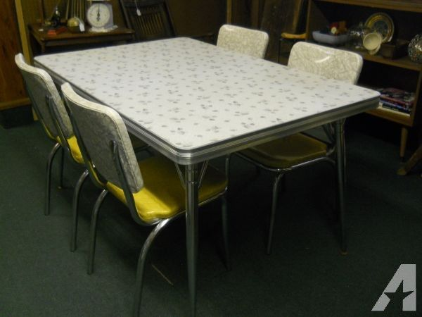 Retro Kitchen Table And Chairs For Sale | Küchenstühle | Retro