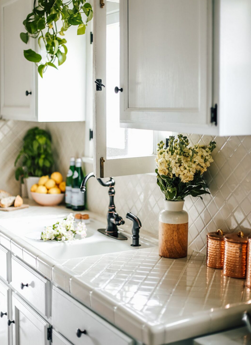 Before and After: This $700 Kitchen Redo is the Stuff Rental Dreams Are Made Of