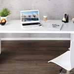 The simplistic, yet elegant ENZO white high gloss office desk offers both style ...